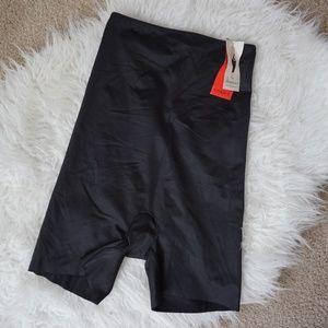 Spanx Shapewear Girl Shorts Black Size Large